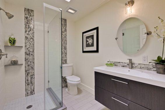 Redding Bathroom Shower